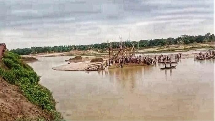 সোমেশ্বরী নদীতে বালু শ্রমিক নিখোঁজ