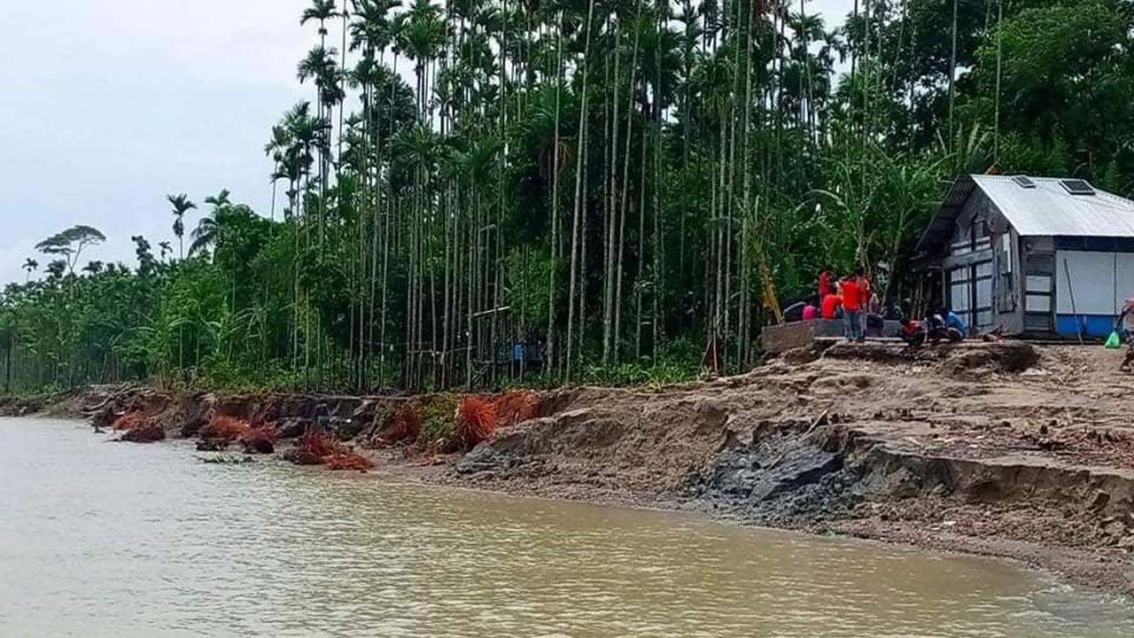 নদী ভাঙ্গন কী