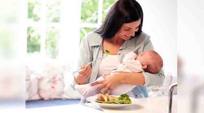 সন্তান জন্ম দেবার পর যে ৭টি খাবার খেতে ভুলবেন না